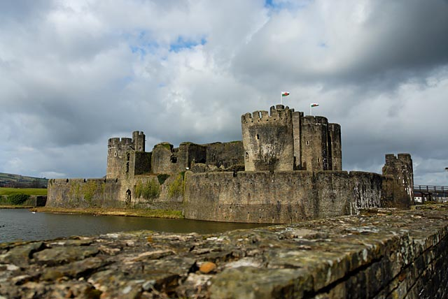 caerphilly_castle2